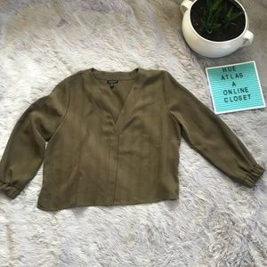 NWOT Topshop Long Sleeve Button Down Blouse size 8